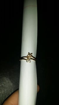 Size 8 ring  Beverly Hills, 34465