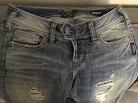 Silver jeans co. Jeans Calgary, T2A 0P9