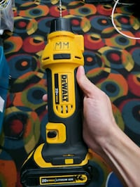 DEWALT 20V MAX Lithium-Ion Cordless Drywall Cut-Out Tool