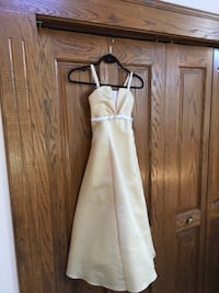 Flower girls dress - size 10 - with wrap and headpiece included
