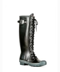 Lace Up Tall Hunter Boot size 7 Calgary, T2V