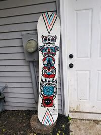 white and blue floral surfboard Woodbury, 55125