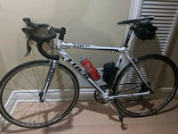 Trek 1.5 Alpha road bike - 54cm Pickering