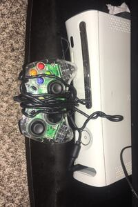 Xbox with call of duty included Silver Spring, 20906