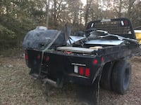 Cm flatbed came off 2010 dodge 3500 asking 1800 obo Montgomery, 36108
