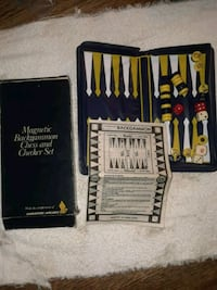 Vintage Singapore Airlines gift backgammon checker