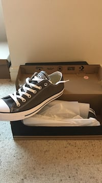 unpaired black and white Converse All-Star sneaker Providence, 02903
