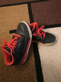 b031b9131ad Used pair of pink and white air jordan size 8.5 for sale in Herndon ...