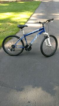 blue and white Schwinn hardtail mountain bike Rockford, 49341