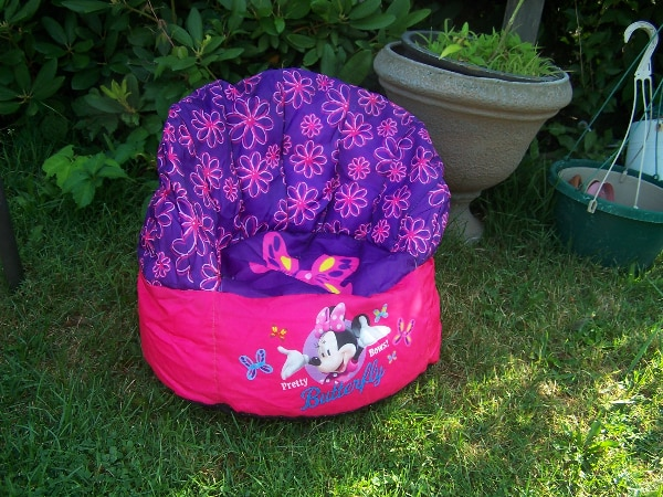 Astonishing Minnie Mouse Bean Bag Chair For Young Child Doll And Purse Creativecarmelina Interior Chair Design Creativecarmelinacom