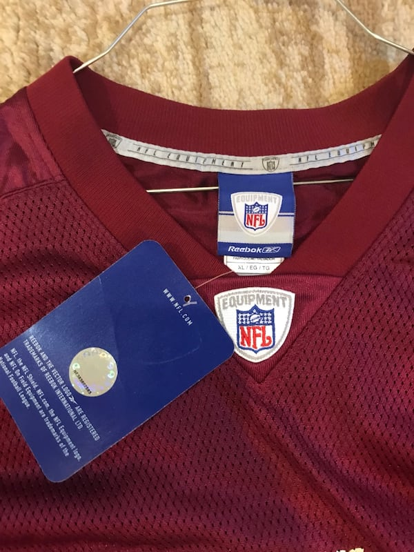 Red and white redskins 11 jersey shirt 51c7f587-aa70-4172-8384-b2e14f9a51cd