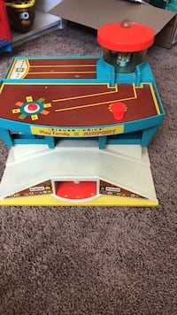 Vintage Fisher Price airport, base only Las Vegas, 89129