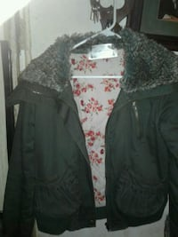 NICE ARMY TYPE JACKET w, quilted lining,SZ MED,, Lexington, 40503