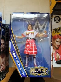 WW Hall of Fame Rowdy Roddy Pipper action figure pack