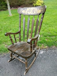 brown wooden windsor rocking chair Centreville, 20120