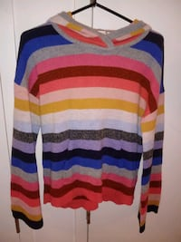 Size Large, hooded sweater