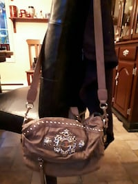 Guess purse never used excellent condition Ontario, K4P