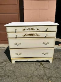 white wooden 4-drawer chest Montreal, H4G 2Y7