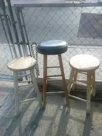 two brown wooden bar stools Laredo, 78041