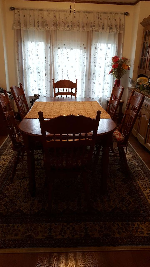 used oak dining room table with 6 chairs for sale in erie