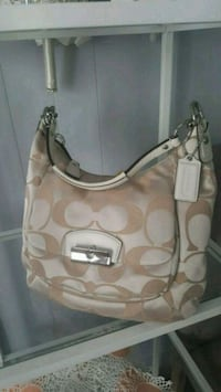 GENUINE NEW COACH PURSE Oklahoma City, 73112