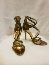 PRICE DROP Guess by Marciano gold heels - size 6 Kitchener, N2E