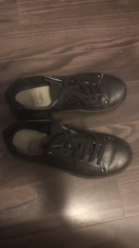 Black non-slip shoes Markham, L3T 0C5