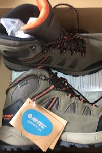 HiTec waterproof shoes Brampton, L6W 3Y7