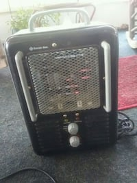black and gray space heater 796 mi