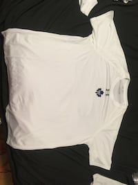 white Under Armour crew-neck t-shirt