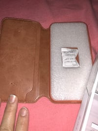 gray and brown leather wallet Burnaby, V3N 1K8