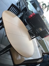 Two tone table w leaf and 3 chairs Sun City Center, 33573