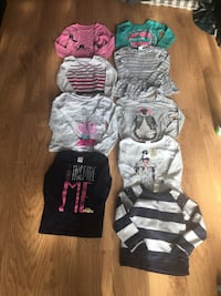 Baby's assorted clothes Herndon