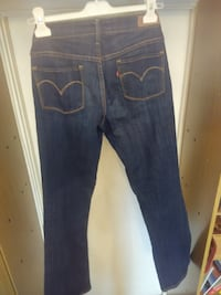 Джинсы Levi's Slight Curve Classic Boot Cut модель San Fancisco. Размер 6 / 28. MOSCOW