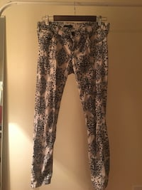 Women's black and white floral pants Vancouver, V6E 1R5