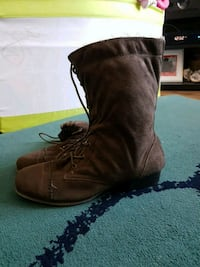 Size 10W womens boot