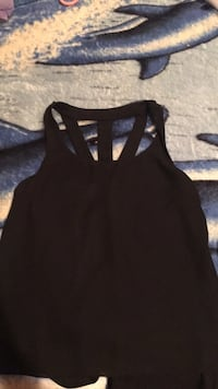 women's black tank top Modesto, 95351