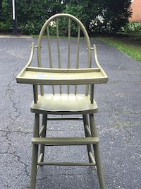 brown wooden windsor rocking chair Columbus, 43213