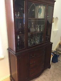 China Cabinet Falls Church