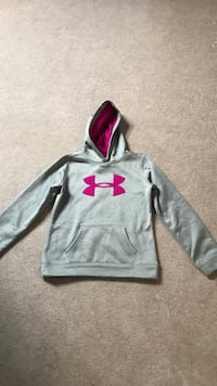 gray and pink Under Armour pullover hoodie girls size medium  Coquitlam, V3B 7L4