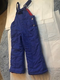 Purple snow suit 3-5 years Alexandria, 22306