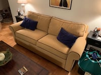 Ethan Allen loveseat with AeroBed pullout couch 41 km