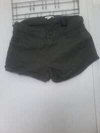 denim noir shorts courts Bassens, 33530