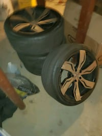 20' Lexani Rims and new tires minor scratch on two that can be buffed