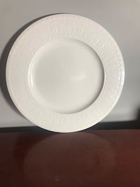 China serving plate Louisville, 40213