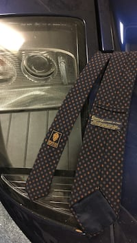 black and gray Gucci necktie Grosse Pointe Farms, 48236