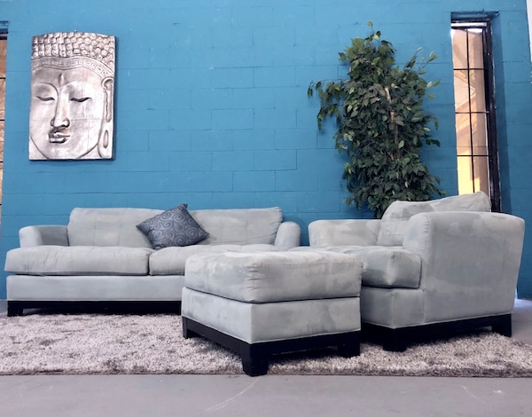 """***Cindy Crawford """"Rooms to Go"""" 3PC Tiffany Blue Sofa Set (Free Delivery)"""