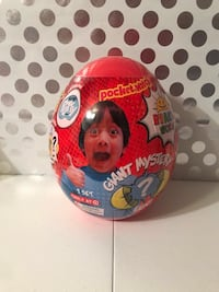 Ryan's world giant egg - sold out- hot Christmas toy 2018 3 km