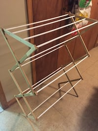 Green and white wood clothes drying rack New York, 11375