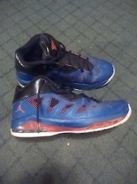 Used Kd kevin durant shoes size 11 used for sale in Yorkville - letgo a2338bb26